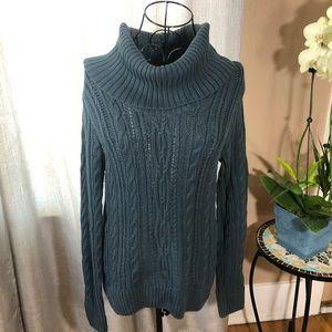 Jeanne Pierre M cowl neck sweater green
